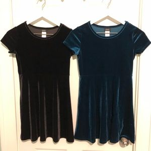 Two Holiday Editions Velvet Dresses Bundle 10-12